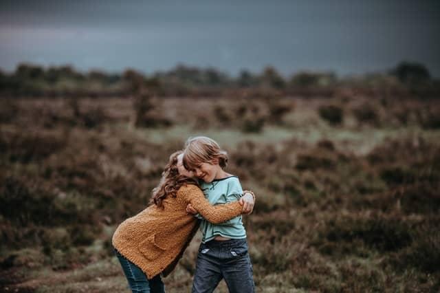 Nutz den Geschwisterbonus für dein zweites Kind beim Elterngeld