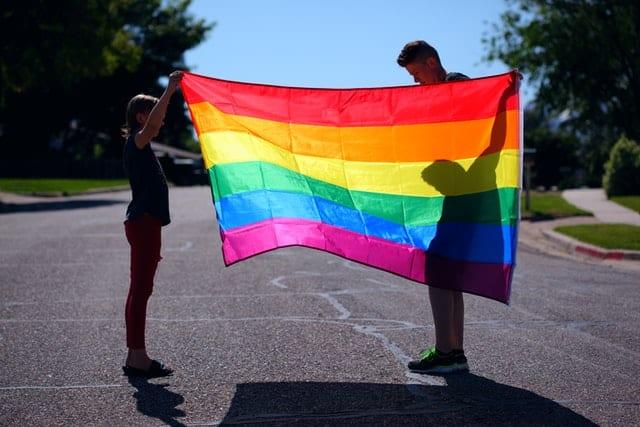Homosexuelles Paar mit Anspruch auf Elterngeld